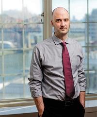 Dr. Jonathan Avery
